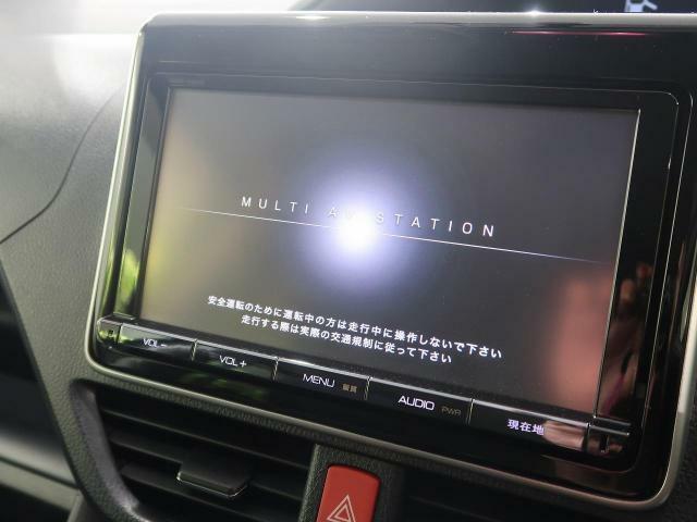 【純正メ9型メモリナビ】 地デジ 『嬉しいナビ付き車両ですので、ドライブも安心です☆もちろん各種最新ナビをご希望のお客様はスタッフまでご相談下さい♪』