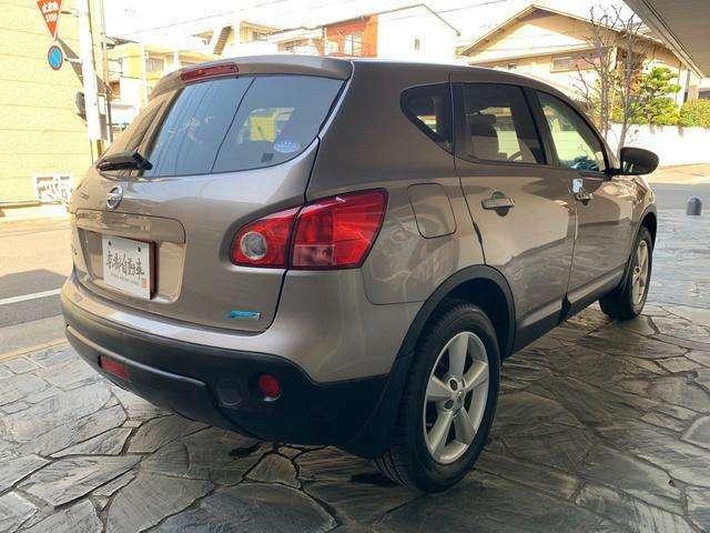 不要になったお車を車両により5千円から3万のお値段をお付けして引取ます。自動車書類手続きも承っておりますお気軽にご相談ください。