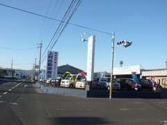 鹿児島の中古車探しはぜひ当社で♪トヨタ・日産・ホンダ・マツダ・スバル・スズキ・三菱・ダイハツの普通車・軽自動車の在庫あり
