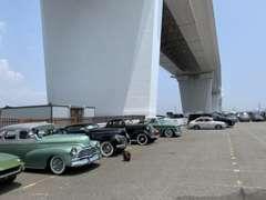 現地で購入した車両を船積みして日本まで輸送して通関も自社です