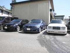 Benz,BMW,VWAUDIが中心車種となります。