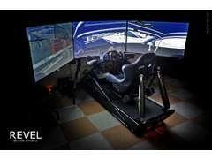 プロドライバーも使用する本格トライビングシミュレーターを導入