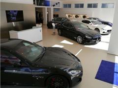 新車は常時5台展示しています。
