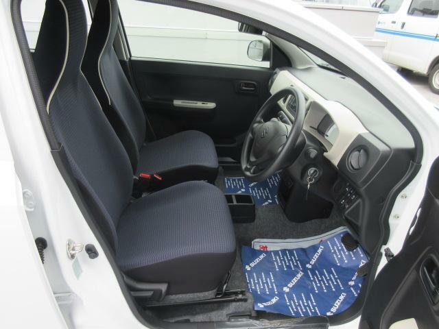 【アイドリングストップ搭載】燃費向上の為、信号など停車中にエンジンが止まります。解除ボタンを押していただくと止まらなくする事も出来ますよ♪