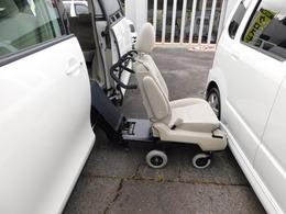 トヨタ エスティマ 3.5 G サイドリフトアップシート装着車 4WD リフトアップシート手動自走式