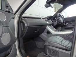 14ウェイ電動フロントシート (メモリー付き) 8ウェイ電動調整式シート 助手席