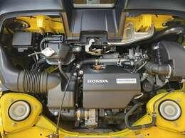 エンジンルームが後部にあるので直にエンジン音を感じる事ができます!