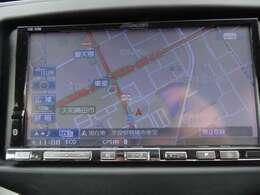 社外アルパイン製HDDナビを装備しており、フルセグTV・DVD・CDにも対応です。