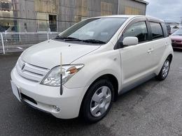 トヨタ ist 1.3 F Lエディション キーレス
