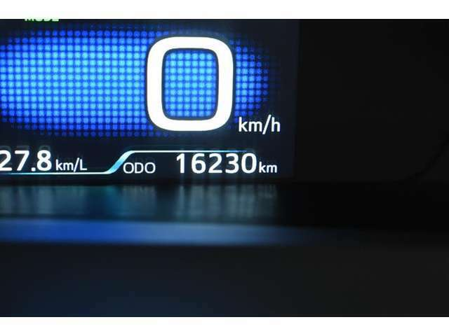 走行距離:16,230km(撮影時) ご来店時や納車時には展示の移動や整備などで、