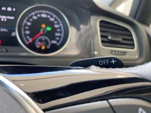 ステアリングから手を離さずにシフトアップ・ダウンが可能なパドルシフト!指先だけの操作で、スポーティなドライビングが楽しめます!