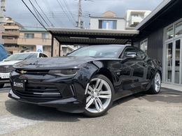 シボレー カマロ LT RS ディ-ラ-車黒革Applecarplayバックカメラ