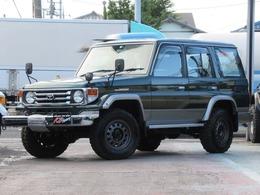 トヨタ ランドクルーザー70 4.2 ZX ディーゼル 4WD NOX適合 フェンダーミラー JAOSホイール