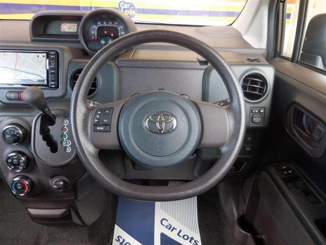 ステアリングスイッチ付き☆ドライブ中のカーオーディオ操作もラクラクです♪