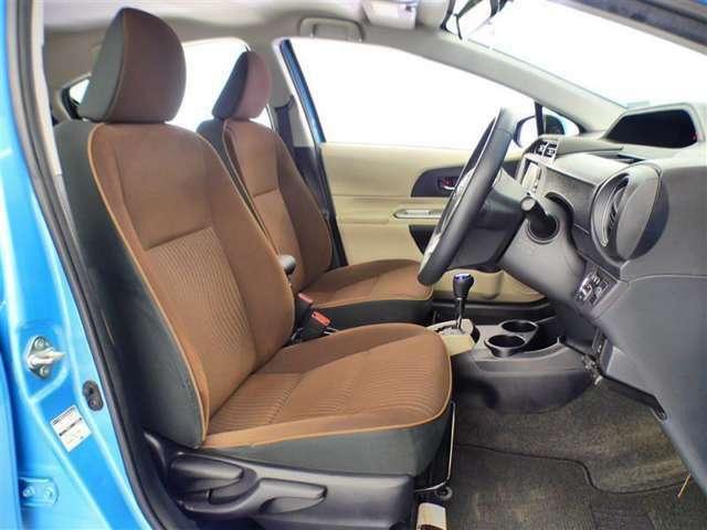 【運転席シート】除菌クリーニング済みです☆シミや破れ・ヘタリなどもなく、快適にお使いいただけます♪