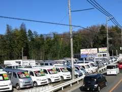 商用バン・トランポ・ライトトラック・ミニバンの専門店です。おかげ様で11周年を迎える事が出来ました。