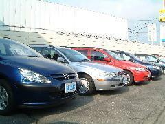 修復歴無の高品質車をメインに取り扱っておりますので遠方の方でもお気軽にお問い合わせ下さい。