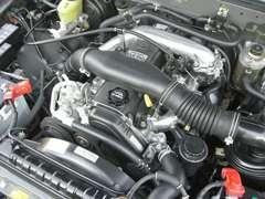 1KZエンジン(ディーゼル)はとてもタフで40万キロ50万キロは余裕で走る頑丈さ。整備・メンテナンスもし易いです♪