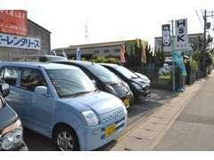 人気の軽自動車の在庫も多数ご用意しております!オートローンも充実しております。