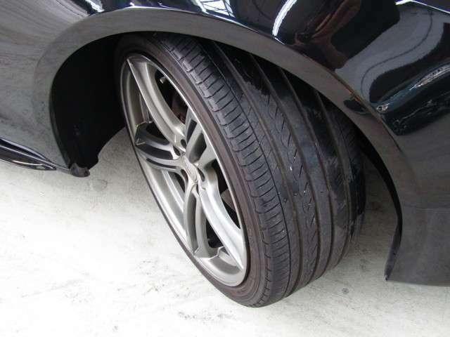 タイヤの溝も残っています♪