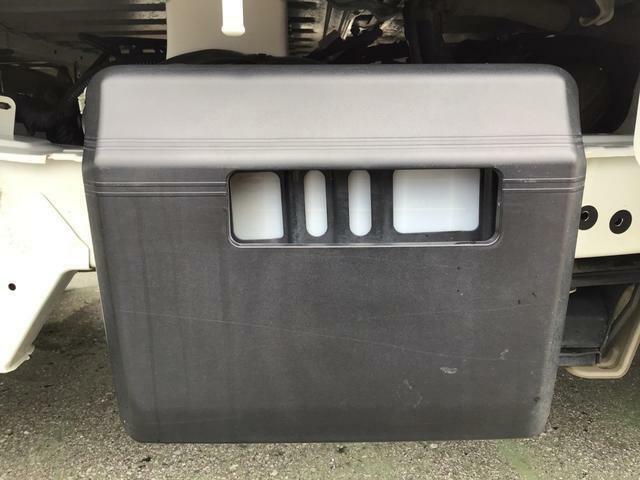 バッテリー保護カバー