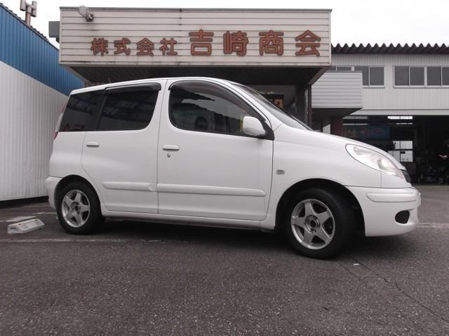 トヨタ ファンカーゴ 1.3X HIDセレクション 2WD AT 走行距離:38,938km カラー:ホワイト