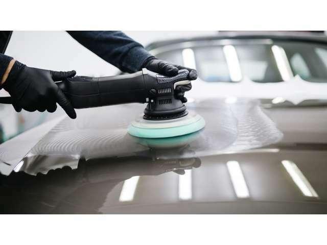 Aプラン画像:ガラスコーティングを施工することで外装の艶が復活し洗車もしやすく快適なカーライフをお約束します☆