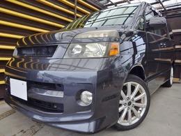トヨタ ヴォクシー 2.0 Z 4WD 特別限定HDDシアターナビRモニター仕様