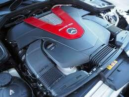 3LのV型6気筒直噴ツインターボエンジンを搭載しております。最大出力390馬力、最大トルク53.0kgf・mになります。