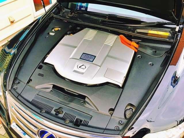 機関良好HVシステム♪入庫時にディーラーにてコンピューター診断済みです♪全国の仕入れ先の中から程度の良い車両を厳選して仕入れた車両を展示させて頂いております!お客様には良質車両とご安心を提供致します!