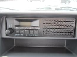 優れた音質に加え、大きめのボタンで操作がやりやすいです。