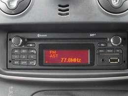 純正オーディオ・Bluetooth接続やUSB・AUXなど対応可能です。