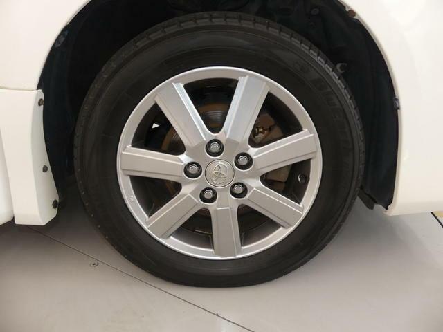 【新品タイヤ】タイヤを3本新品にします 消耗品のなかでも高価なのがタイヤ このチャンスをお見逃しなく