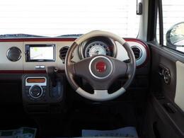 Wエアバック・ABS付きで安全装備も充実しております!