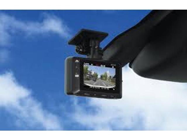 Bプラン画像:【ドラレコ装着プランございます!】今の時代、最早当たり前の装備になってきたドライブレコーダーを納車前のお車に装着致します!