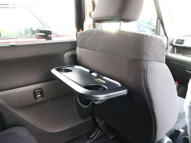 ●当社のコーティングは車の表面が無機質なガラス(sio2)となり、ガラス系ではなく正真正銘の本物のガラス質に変える新型コーティングです♪納車の際にお喜びいただいています!(^^)!