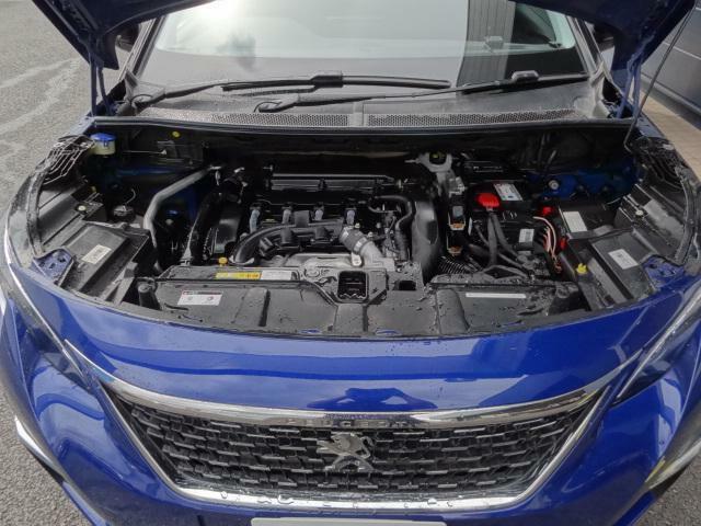 1.6Lツインスクロールターボエンジン ストップ&スタートシステムで良好な燃費性能も実現。