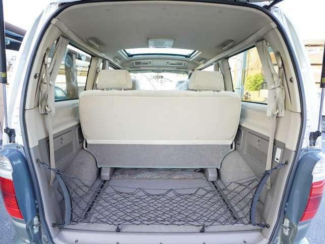 ☆車中泊も可能なフルフラットシート!サードシートを使わない時は大きなお荷物も楽々積めます☆