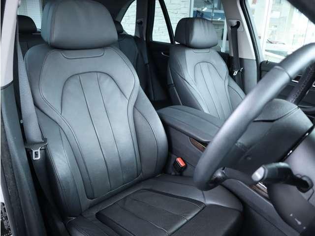 ブラックレザーフロントシート シートヒーター ベンチレーション メモリー機能付きパワーシート