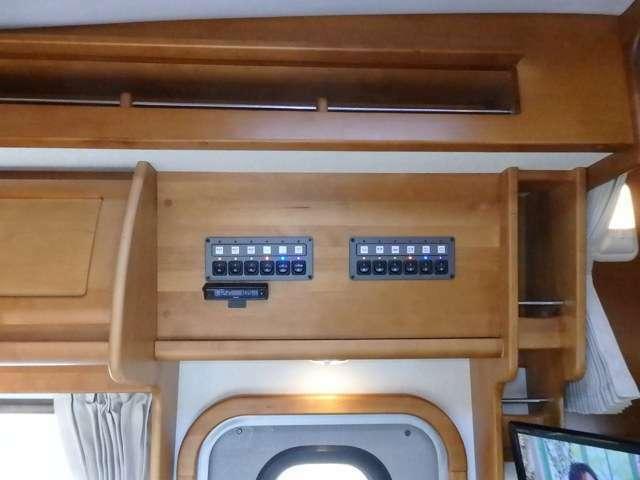 集中スイッチはエントランスの上部にあります。