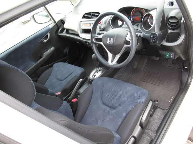 弊社中古車は全車クリーニングを実施しております。安心して気持ちよくお乗り頂けます。