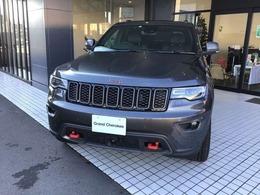 ジープ グランドチェロキー トレイルホーク 4WD 限定車・新車保証継承