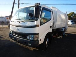 日野自動車 デュトロ ワイド プレスパッカー車 モリタ製 積載2900kg(抹消前)