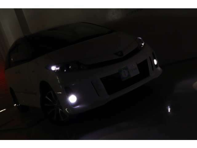 輝きをずっと♪全車両にガラスコーティングを施行しています!愛車をいつまでもキレイにカッコ良く♪ガラス被膜がボディーをしっかりと守ります♪