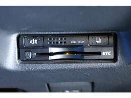 ETCはビルトインインされてます。見た目もよりスマートになります。