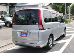 人気のあるニッサン・セレナのOEM車です!