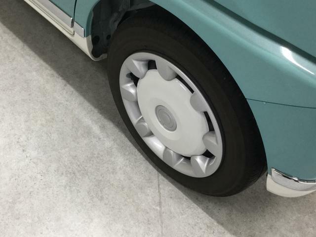 左側後輪のタイヤです♪