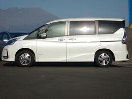 ・LEDフォグライト・電動格納ウィンカーミラー・15インチ純正AW・プライバシーガラス・6エアバッグ・ABS