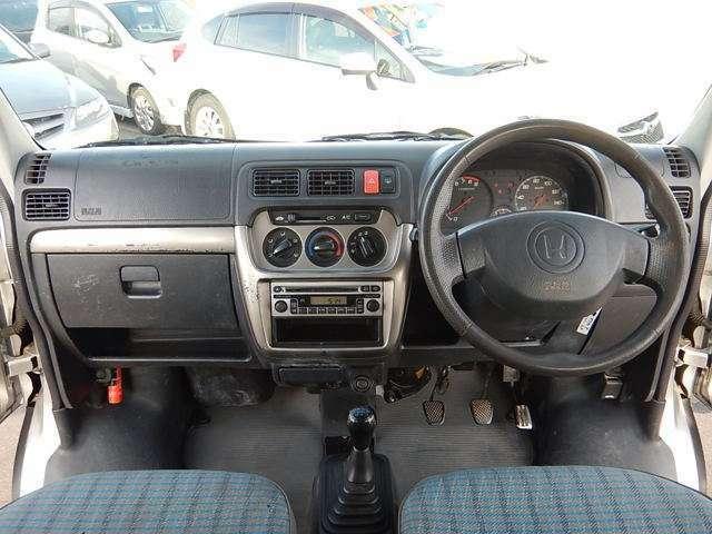 【運転席正面】視界良好な運転席です♪