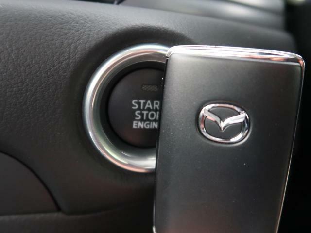 【プッシュボタンスタートシステム】装備でエンジン始動やドア施錠もカギの差込不要でラクラクです☆お車の盗難が心配な方は当店オリジナルセキュリティVIPER717VNがオススメです☆